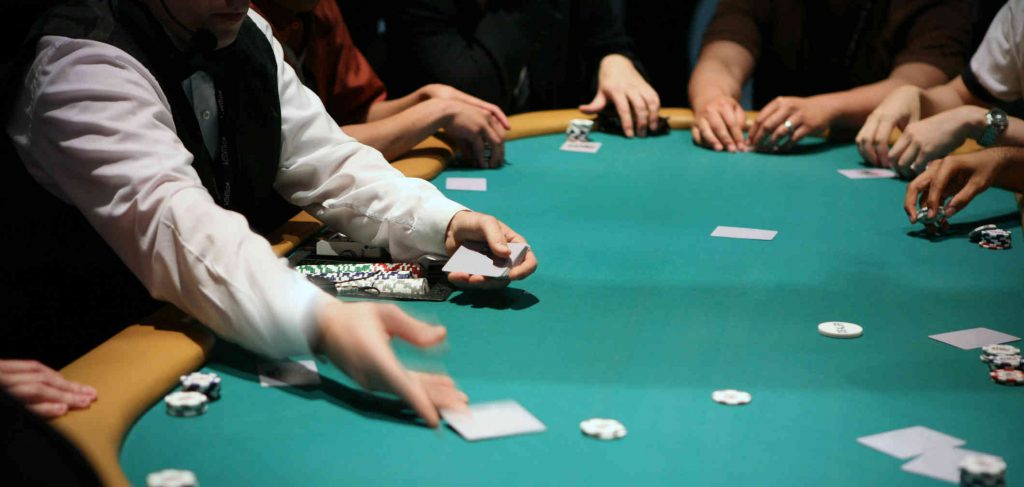 Able To Reinvent Online Gambling Without Wanting Like An Newbie